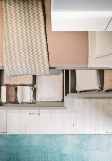 Stylový nábytek CLEVER 2 Stylový nábytek italské značky CLEVER potěší svou kvalitou, precizností, designem a výdrží.