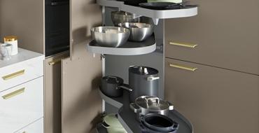 Schuller C collection TAR 2 Stylové a praktické řešení kuchyně s úložnými prostory.